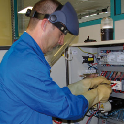 Préparation à l'habilitation électrique HT-BT pour électricien : B1-B1V, B2-B2V, BC, BR, BP, BE, H1-H1V, H2-H2V, HC, HE