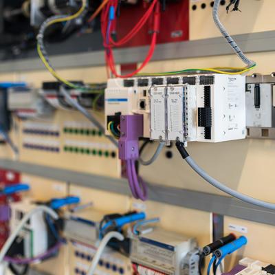SCHNEIDER ELECTRIC : Intégrer un automate M340 ou TSX (Unity Pro) dans un système