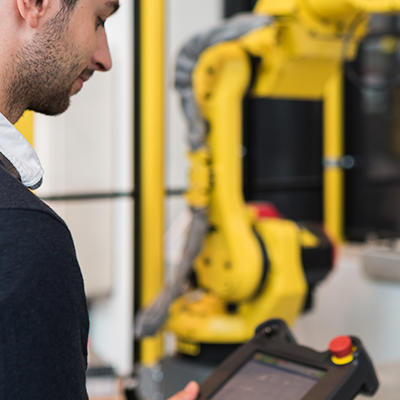 TPE A - Opérateur/Conducteur d'installation sur robot industriel FANUC