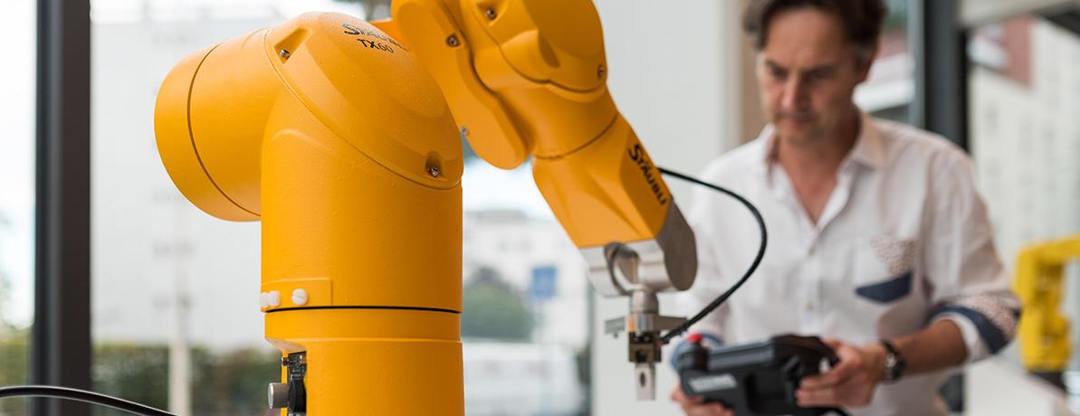 formation programation robot STAUBLI lyon